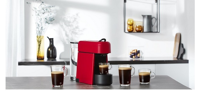 NESPRESSO ESSENZA PLUS – THE IDEAL COFFEE MACHINE FOR SMALLER LIVING SPACES