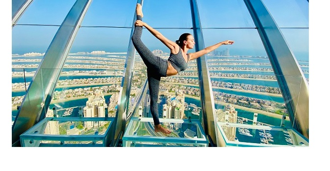 Enjoy yoga in the skyat The View at The Palm